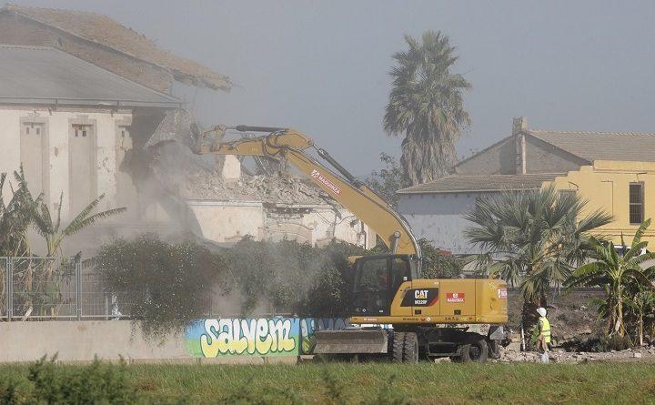 La alquería del Forn de la Barraca, en Alboraya, convertida en símbolo contra la ocupación de la huerta. Ya es historia.