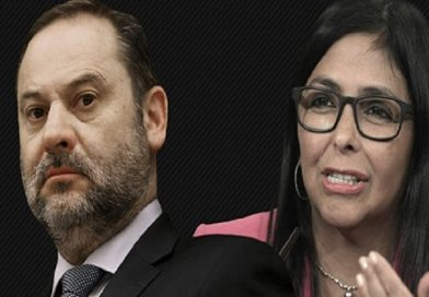 """El 'Delcygate' fue """"programado"""" y apunta a Zapatero como responsable."""